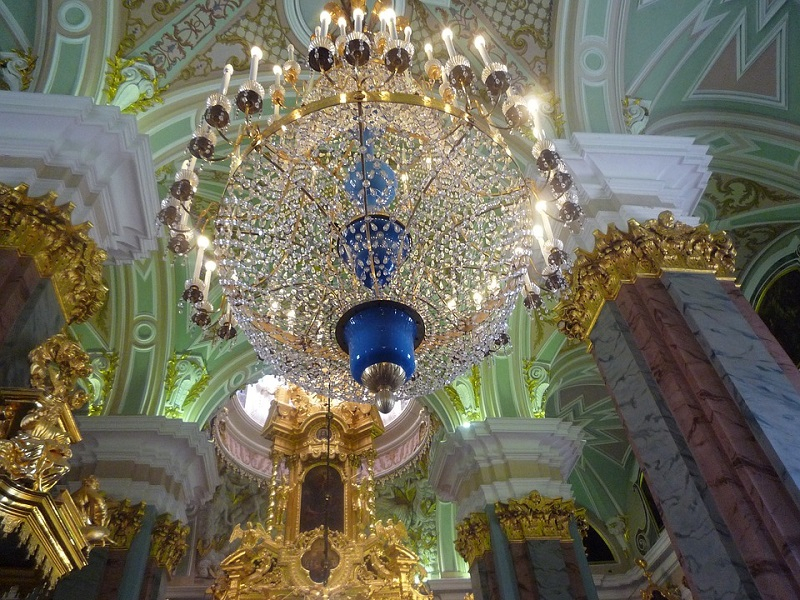 Petersburg-St-Catherine-Palace-Chandelier-2081804