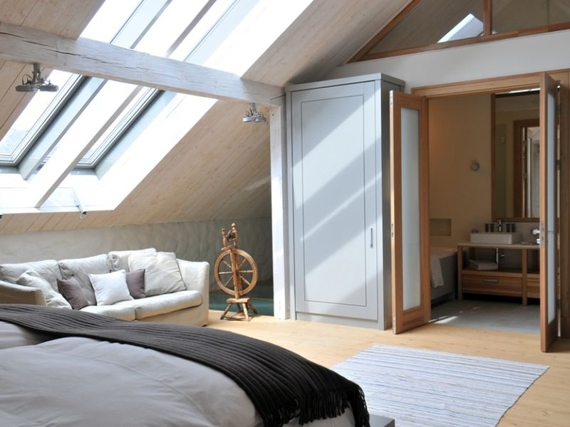 Stable_House_Bedroom
